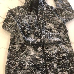 Lululemon scuba hoodie in size 8.